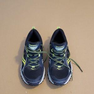 Mens Saucony xt-600 running shoes
